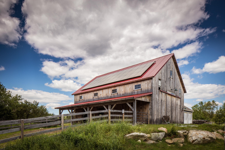RJPS Barn 3/4 view