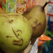pomme poire pouledog ink.jpg