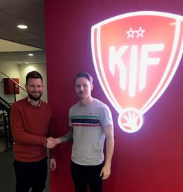 Fredrik Gustavsson forlænger med KIF Kolding