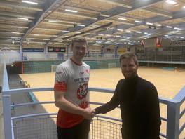 KIF Kolding skriver kontrakt med Oliver Norlyk