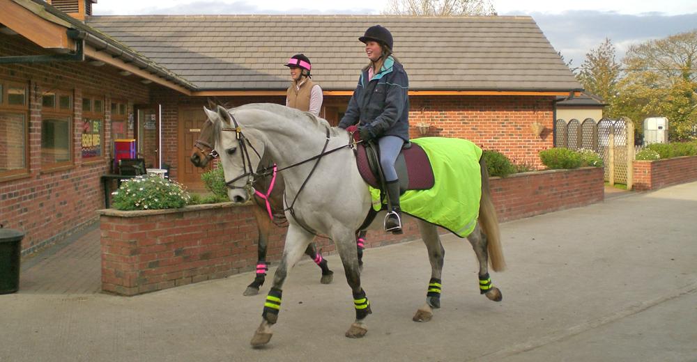 Horse_Riding_1000x520px
