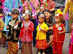 Melestarikan Hari Kartini di Pepito Day Care ~ Peragaan Busana dan Karnaval