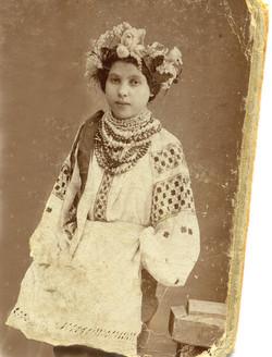 Мати Рахіль в юні роки.