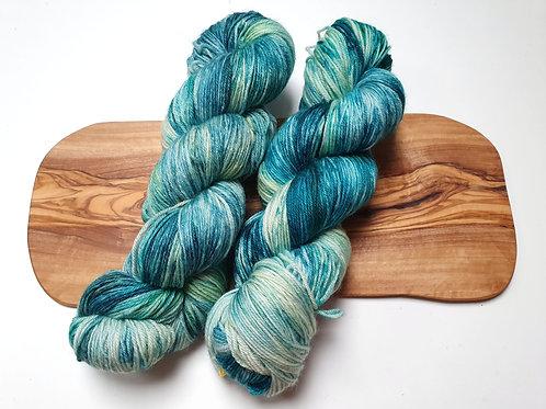 Merino, Cashmere and Nylon Sock Yarn 100g