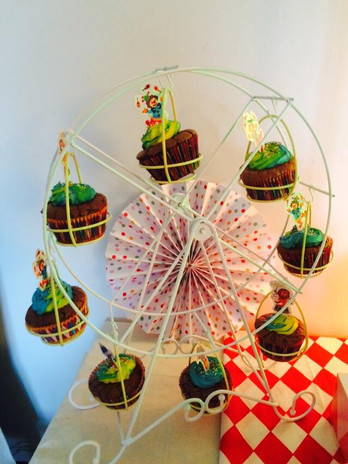 CUP CAKE MANEGE