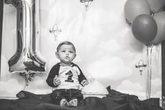 Little baby Coetzee smach the cake