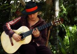 Guitar photo Regis (11).jpg