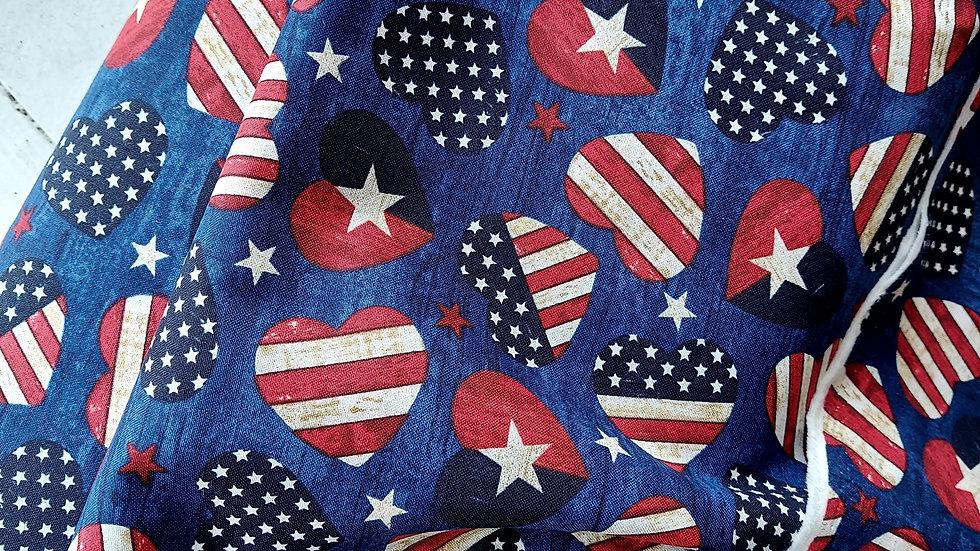 Timeless Treasures: USA Hearts navy C7046