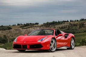 Renting A Ferrari in Miami (The 3 Potential Drawbacks…)