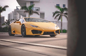 (Opinion) Why The Lamborghini Huracan is The Best Exotic Car Rental at Veluxity™