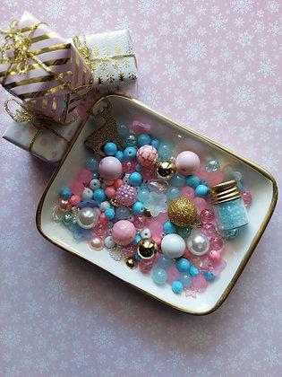 Shabby Love at Christmas Bead Mix