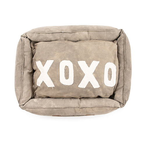 """LARGE WASHED CANVAS PET BED WITH XOXO PILLOW - 33""""X25"""""""