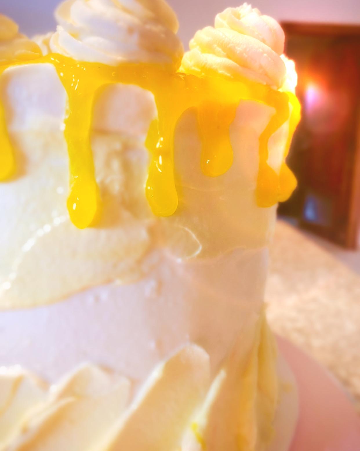 Mango-Vanilla 4 layer Cake