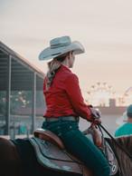 woman-riding-horse-2986104.jpg