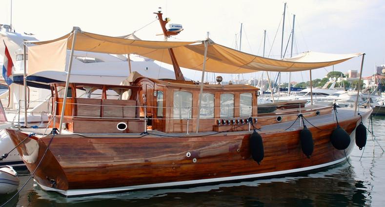 Amali of London McMillan 48 Motor Yacht