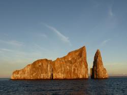 10-31-31 Sunset Kicker Rock circumnavigation (11)