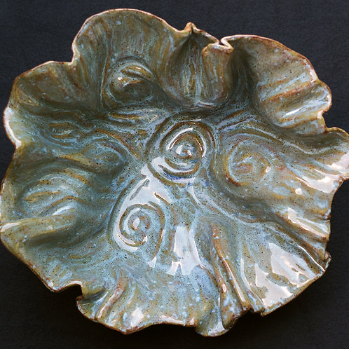 wave platter: medium blue/brown