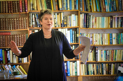 Jane Tolerton