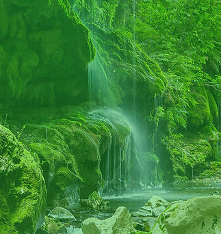 Patuna Chasm mono green.jpg