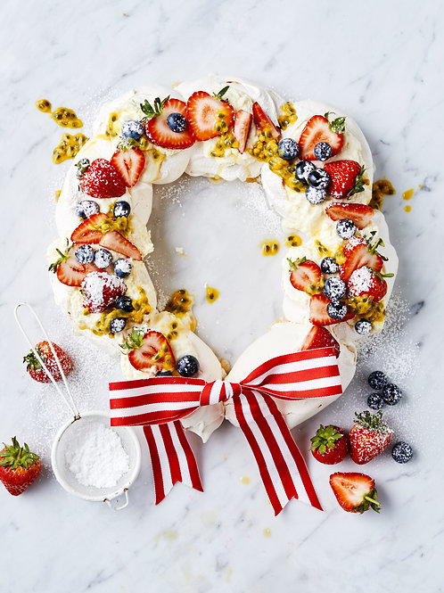 Pavlova Wreath Kit