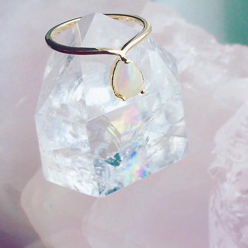 Thora Ring, Opal