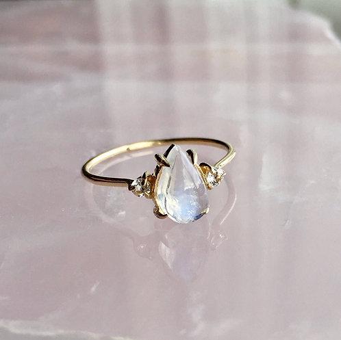 Aurora Ring, Moonstone & Sapphires
