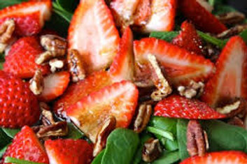Strawberry Salad [Vegan] (4-6 People)