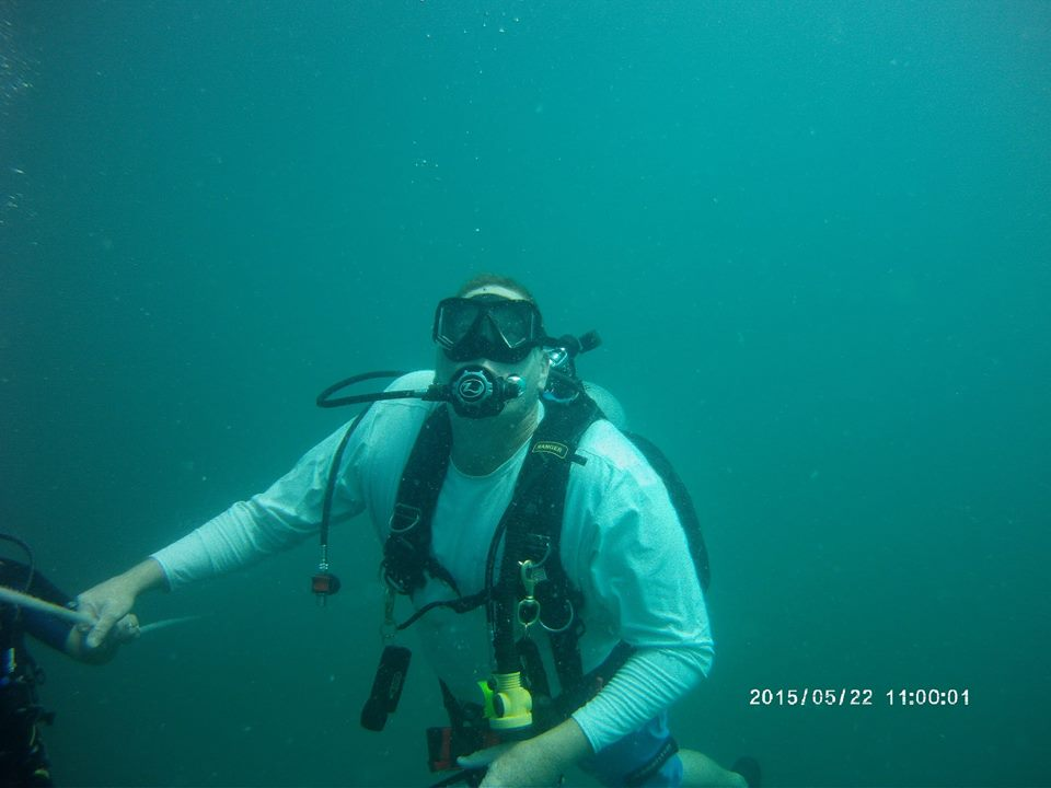 diving in Gulf out of Stump Pass