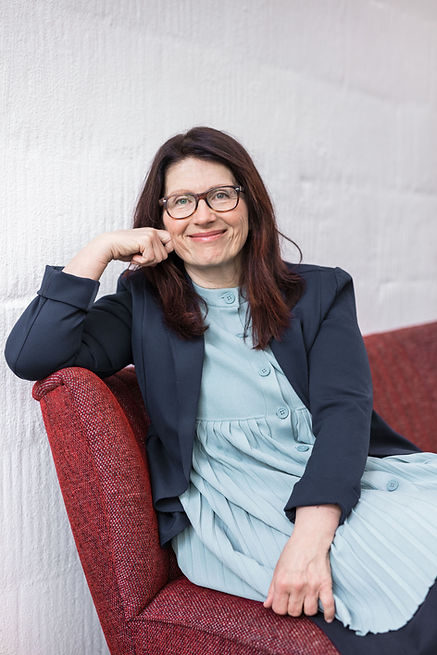 Erika Schneider, Psychotherapie, Coach für Teambuiling, Konfliktmanagement, Burnoutprävention, Psychotherapie, Unternehmensberatung, und Paartherapie in Wien 1010, 1. Bezirk und Klagenfurt
