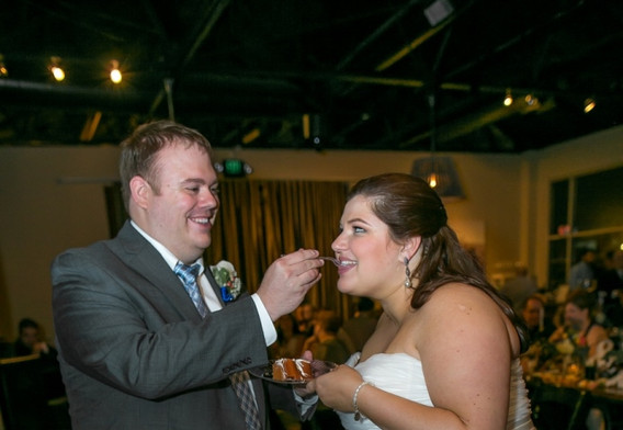 wedding couple cake eating