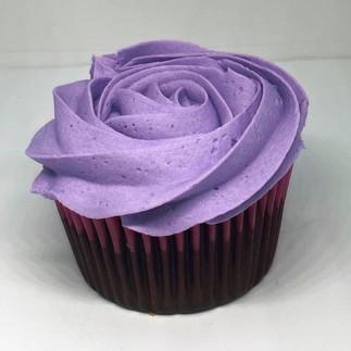 Dulces Feast Cupcake