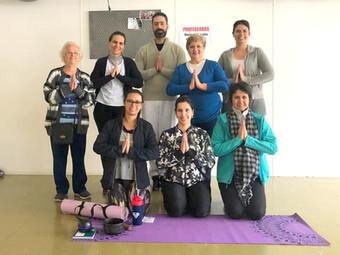 Yoga: Sala de Ginástica recebeu Aula Aberta da modalidade