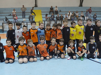 Futsal: amistosos divertiram a garotada do C.F.A
