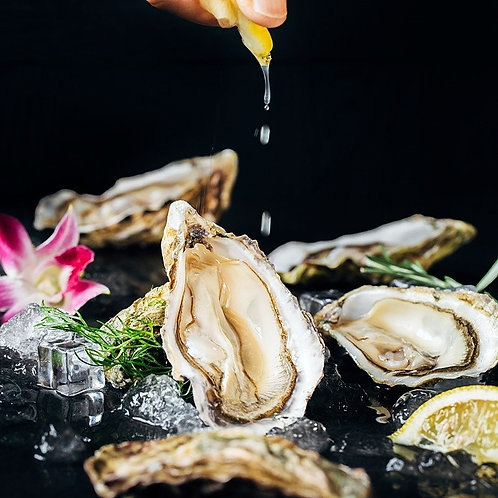 "Hand Selected ""World's Finest Oysters"""