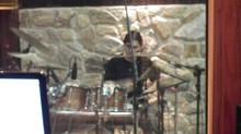 Ricardo Confessori grava no Teochi Studio