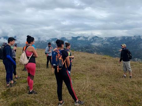 Cuencanos disfrutan de su ciudad con Ecosalidas a sus cerros