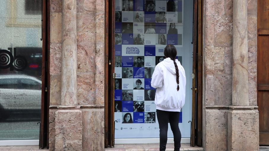 La 15 edición de la Bienal de Cuenca se denomina Bioceno y cambia el verde por azul