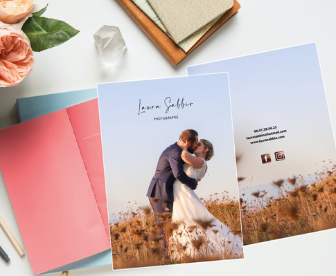 Conception brochure mariage 2021 de Laura Sabbio Photographe à Plouvorn, roskocom