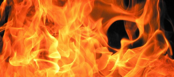 Flammes-incendie-feu-image-CPA-publiee-p