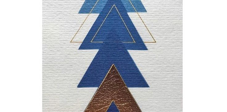 Cianótipo sobre papel aquarela com folha de ouro de Andiara Lourenço