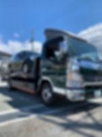 店舗所有のトラック