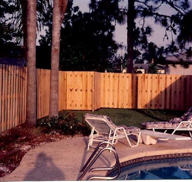 Wood Fence Style 5' Vertical Shadow Box