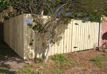 5' Board on Board Wood Fence Panels with matching gate.