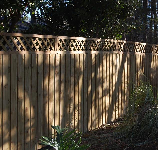 Wood Fence Style Lattice Top Vertical Board on Board