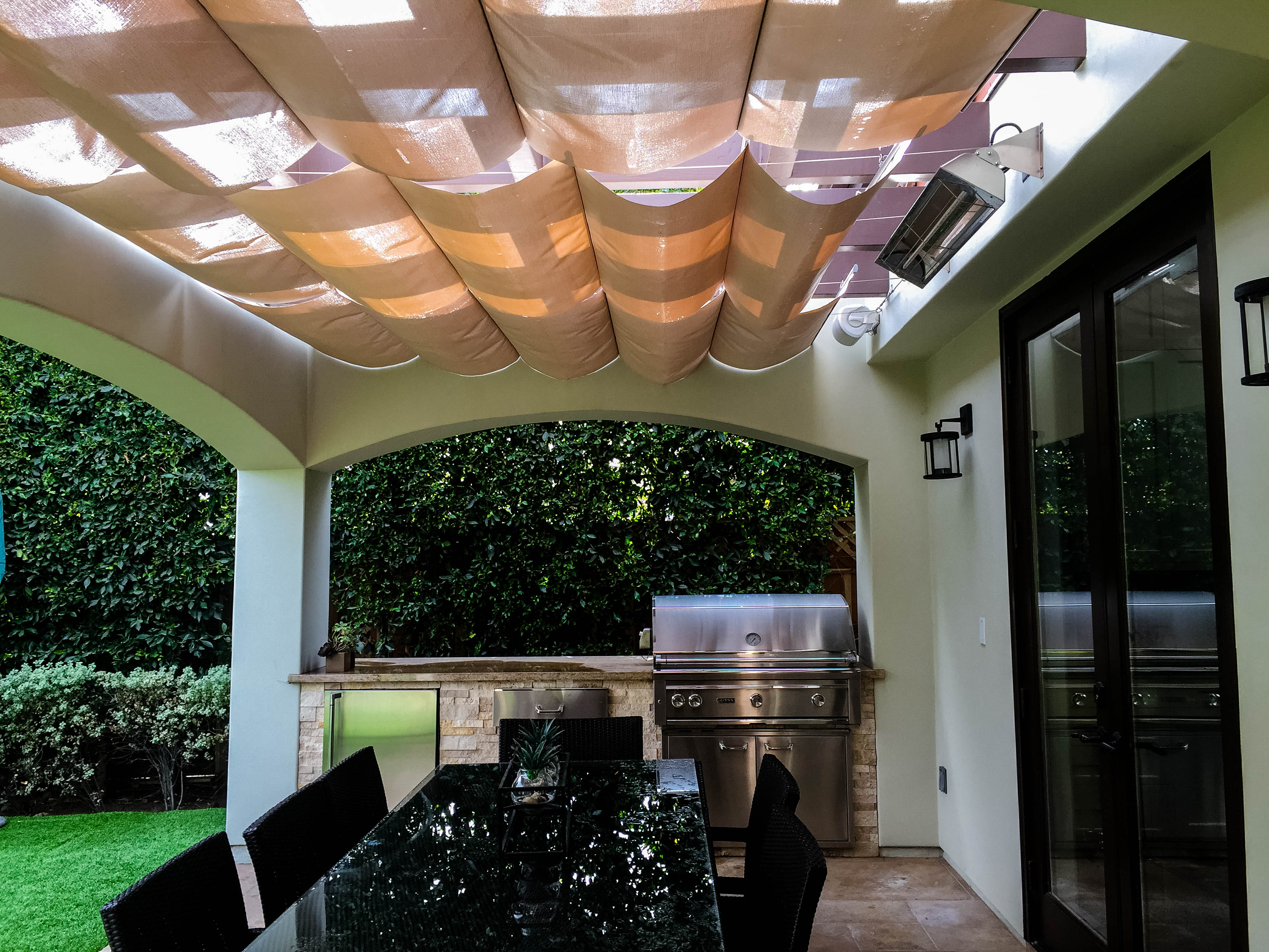 Slide wire Infinity Canopy Stucco