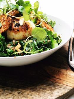 green brunch bowl