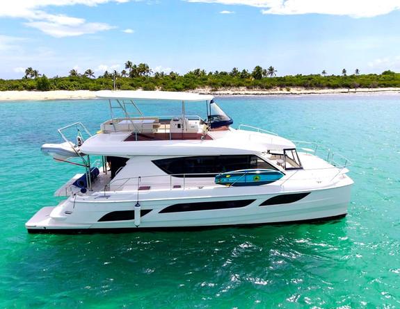 Catamaran Yacht Rental Puerto Rico Icacos Palomino