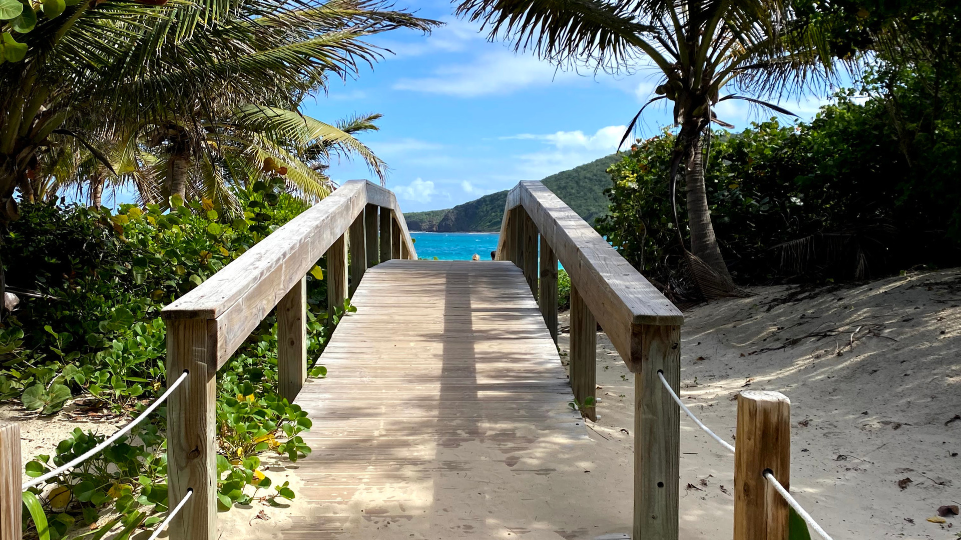 Flamenco Beach Entrance