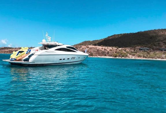 Culebra Yacht Charter Predator 82' Puert
