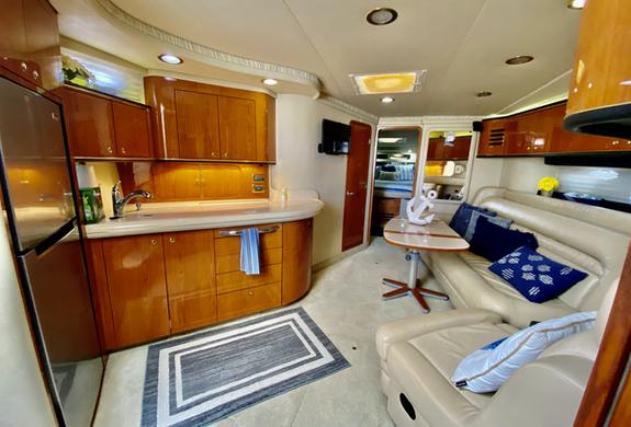 Sea Ray Interior Yacht
